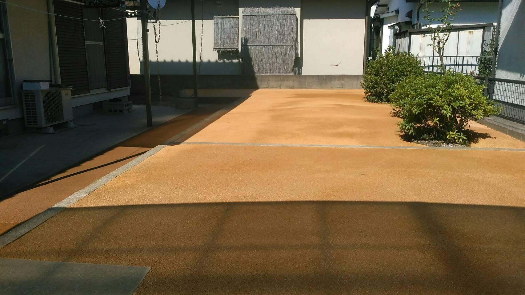7/11施工 遠賀郡、N邸防草工事 家の周り全体を施工しました。