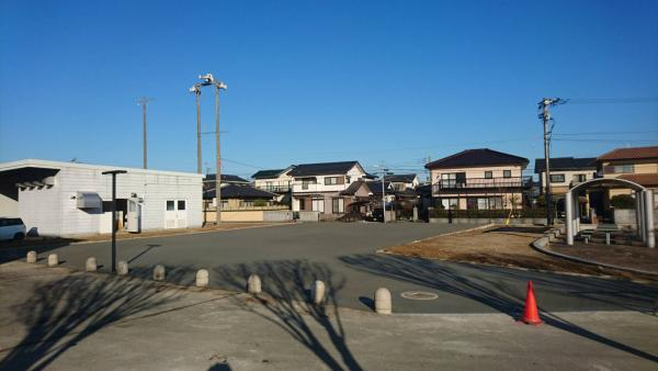 2017/2/25 田川郡赤池町 歴史資料館駐車場休憩スペース、ガチン固施工