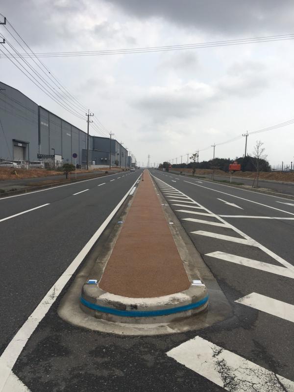 2017/3/7 施工! 若松区 国道495号 中央分離帯を施工しました!