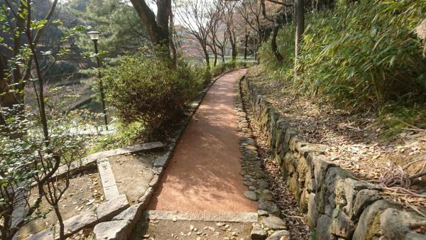2017/3/30 施工! 戸畑区 夜宮公園!歩き易い林道になりました。