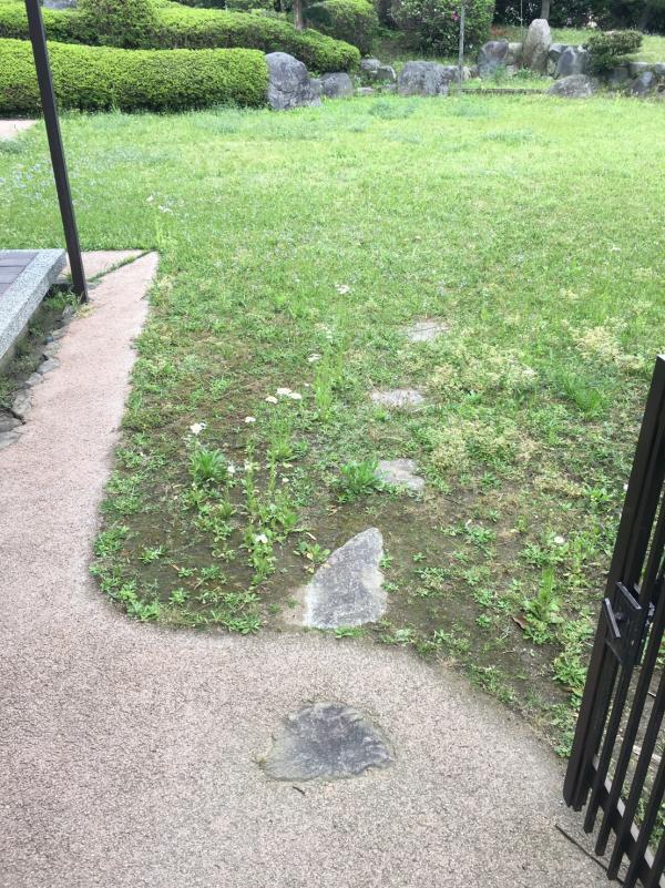 2017/4/20 八幡西区のK邸をガチン固増幅施工!  以前していたガチン固の幅を広くしました。 雨でも水捌けがイイので歩きやすいですねぇ!