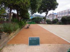 H26年度公共工事実績 北九州市 中央公園他整備工事 戸畑区貴船公園園路