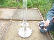 水で練り混ぜて固めるタイプ